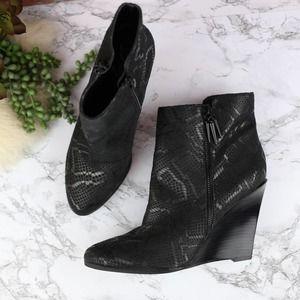 Fergie Aurora Black Snakeskin Wedge Boots 9.5 NEW